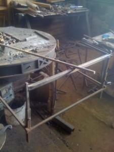 Изобретение Рубена для работы с длинными поковками