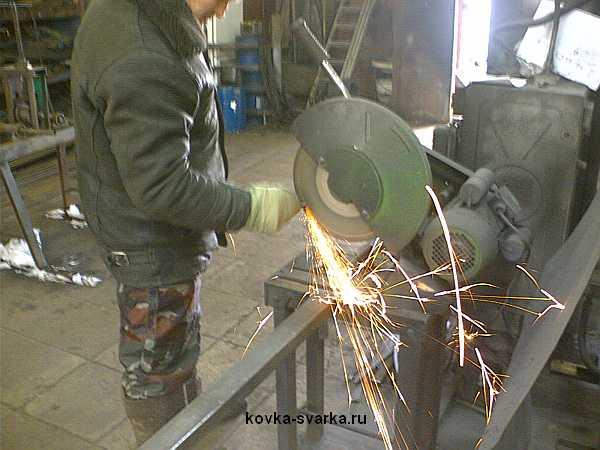 подготовка ножек стола