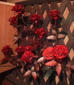 kovka-cvety-rozy-2