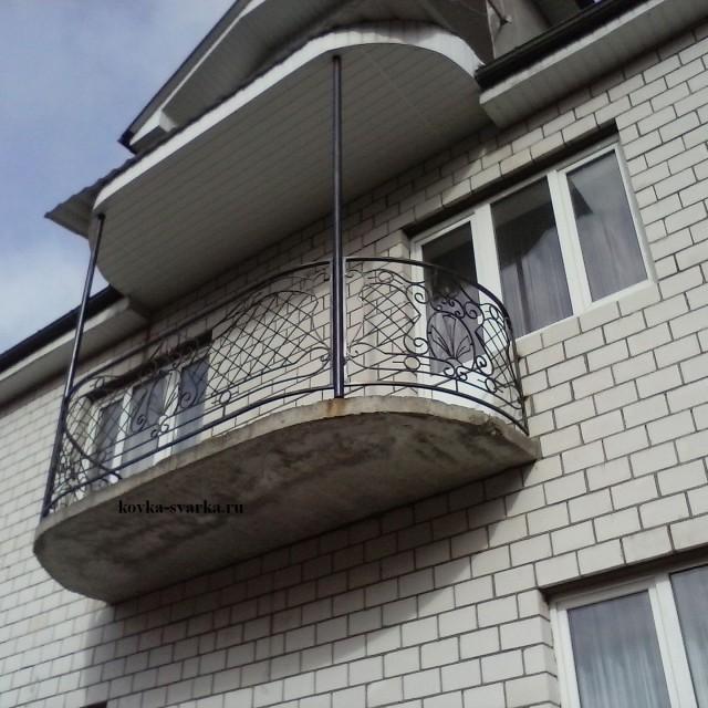 Фото кованого ограждения балкона