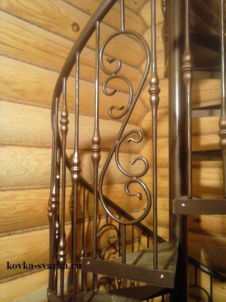 Фото красивой винтовой лестницы