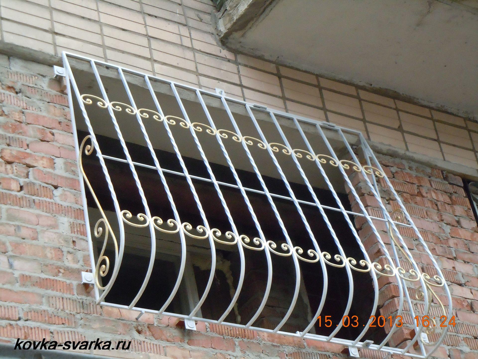 Фото кованых решеток