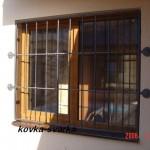 Фото кованой решетки для окна