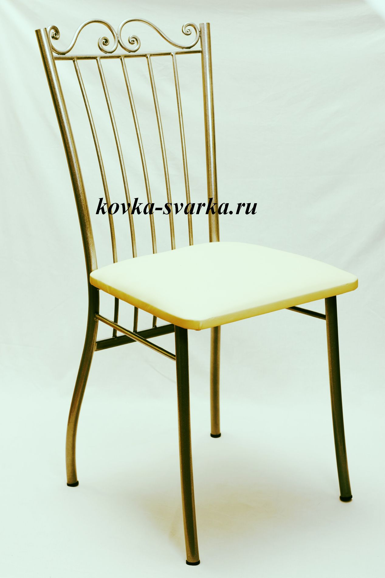 Фото кованого стула