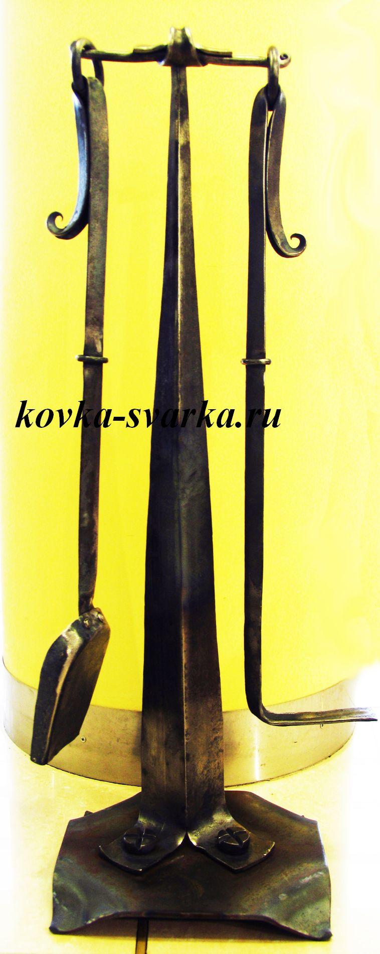 Фото кованого каминного набора