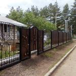 кованый забор с профлистом