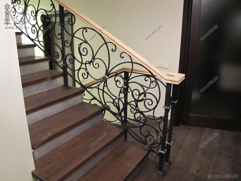 Кованые перила для лестницы красота металлических узоров