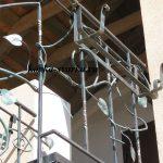 Фото фрагмента кованой лестницы