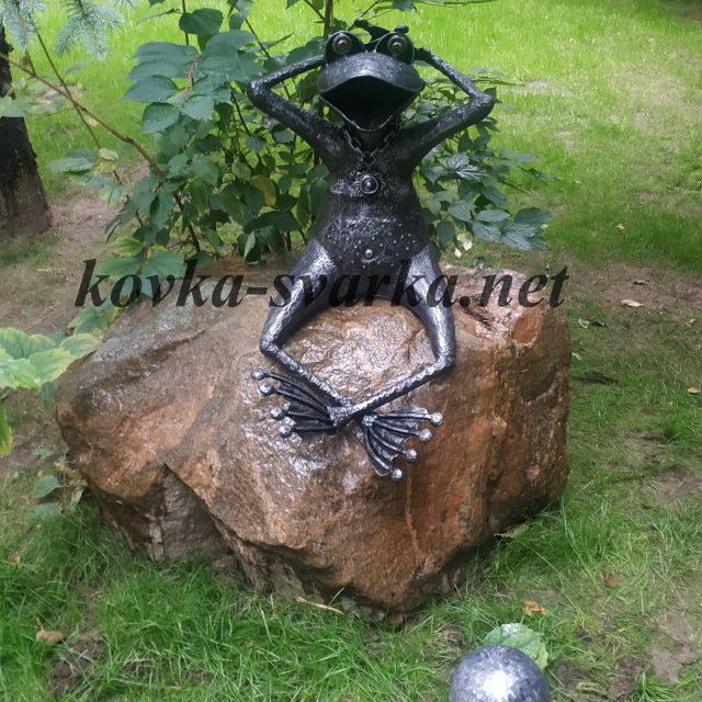 Кованая скульптура Лягушка