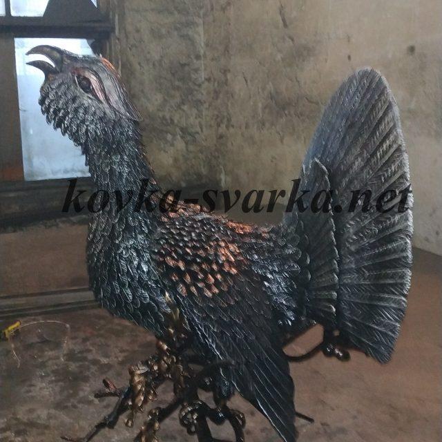 Кованая скульптура Птица
