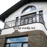 Кованые перила на балкон или ограждения? Есть ли разница?