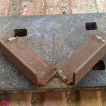 Приспособления для сварки под углом 90° трубы и прутка