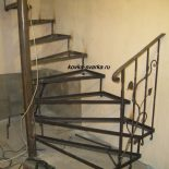 Лестницы кованые (фото)